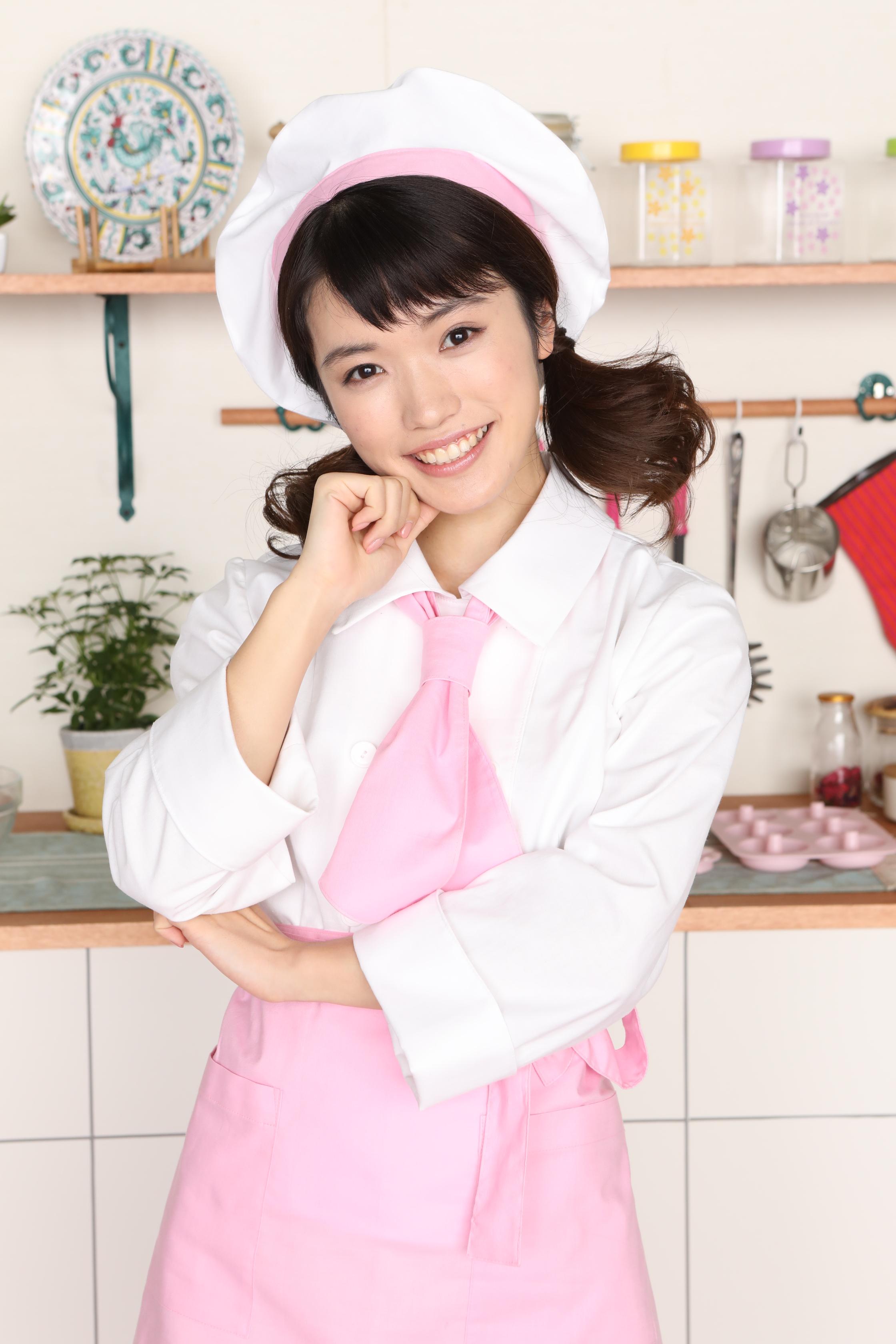 美山加恋さんのコスチューム